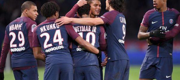 Edison Cavani erzielte 156 Tore, um mit Paris Saint-Germain PSG Team Rekord aufholen